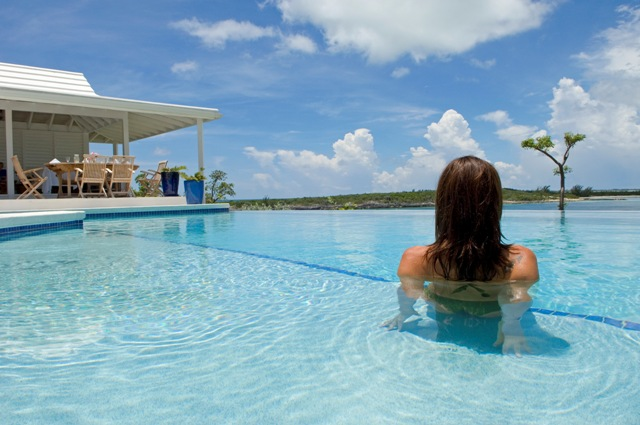 The eternity pool and cabana at Little Whale Cay
